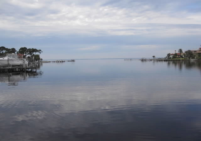Panama City Beach – South of Grand Lagoon. Sellers are Leaving Property Behind.